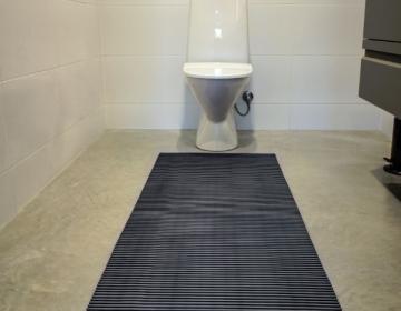 WC tualettruumi põrandamatt rullis 3